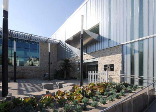 Silver Lake Branch Library | Bendheim Channel Glass Wall Systems
