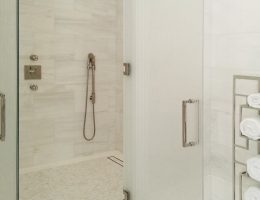 1110 Park Avenue Residential Building | Glass Shower Door